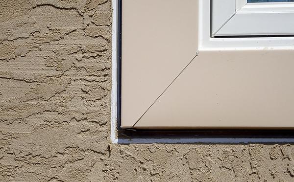 Ez-Bead-around-stucco-windows__edited_ed