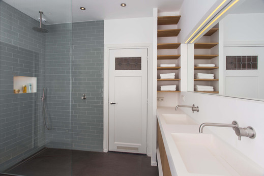 Rustige & frisse badkamer