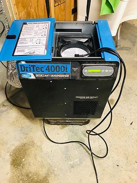 Dessicant Dehumidifier for low temperature dehumidification