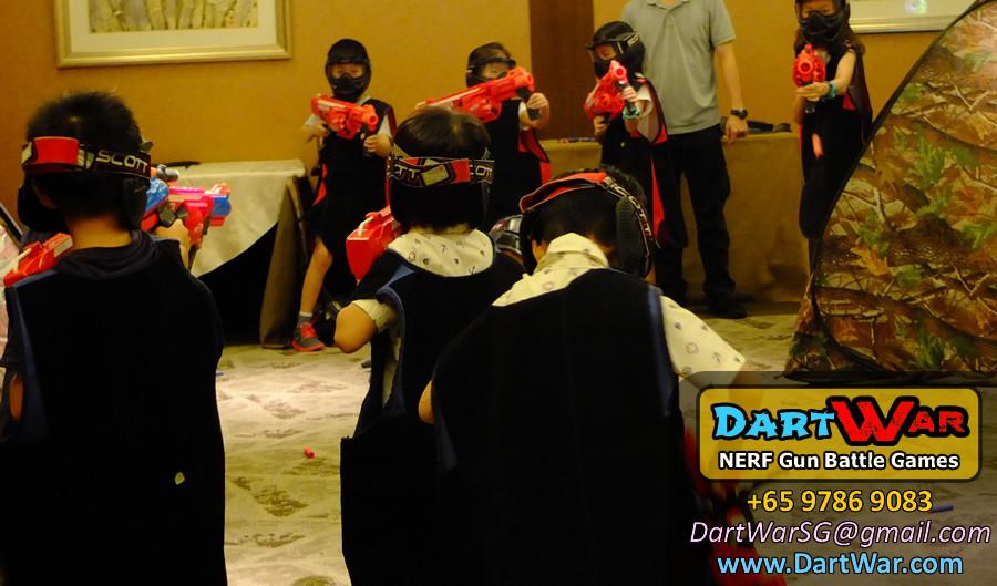 Major shootout! NERF Gun Battle Games for Birthday Party
