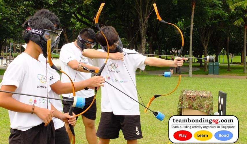 Aiming like a pro Archer!