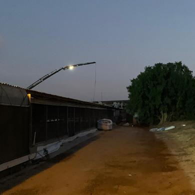 החלפת גגות בלילה