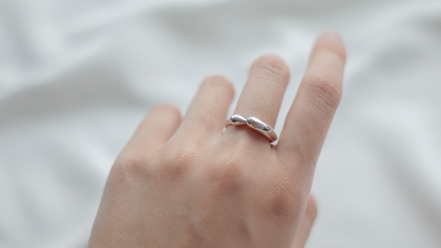 comfort ring ss hand1.jpg