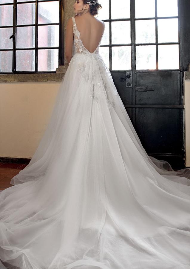 abito-da-sposa-modello20102-c-atelier-ev