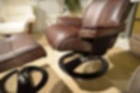 Omnia_ergo_chair_closeup.png