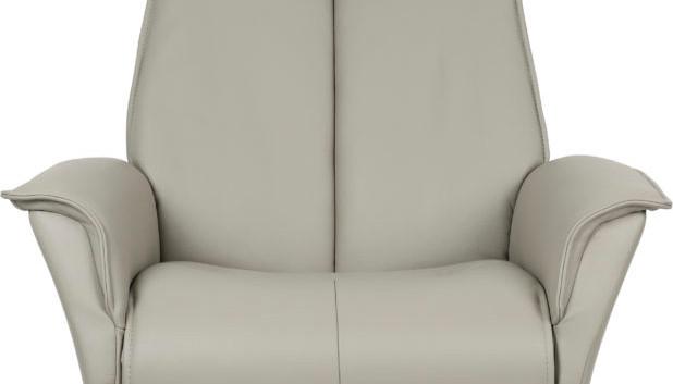 Bo in AL570 Cement Leather