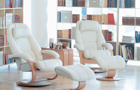 Fjords Admiral recliners in white leather