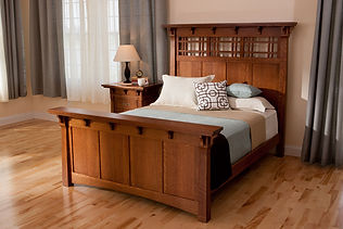 Maryan_craftsman_style_bedroom.jpg