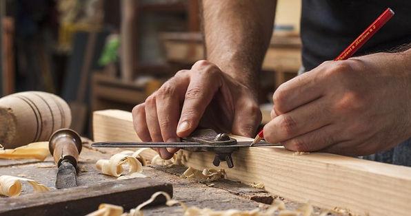 solid-wood-furniture-stores_orig.jpg