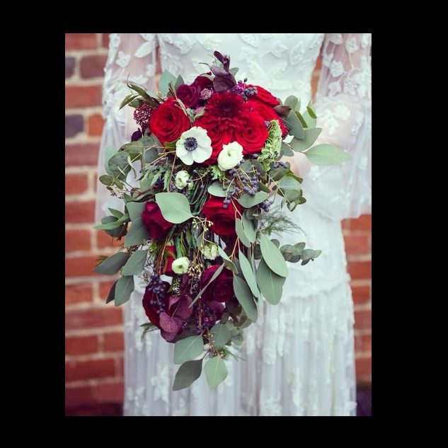 weddingbouquetblackeph.jpeg