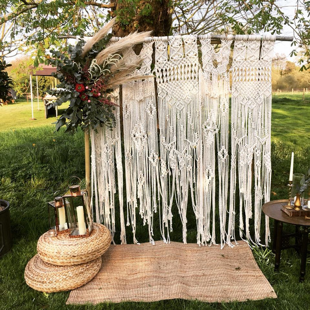 OUTDOOR WEDDING - ENGLISH PETAL & HERB