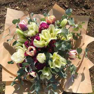 Tulip Bouquet - English Petal & Herb
