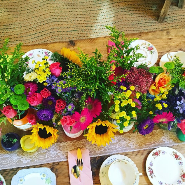 TABLE FLOWERS - ENGLISH PETAL & HERB