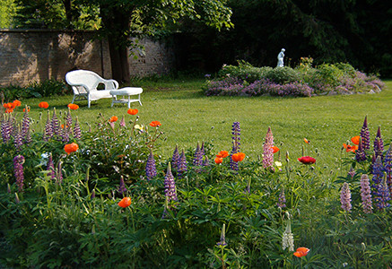 kirkfield garden.jpg