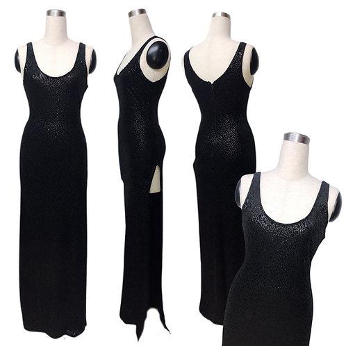 שמלה שחורה פייט עם שסע צד גבוה