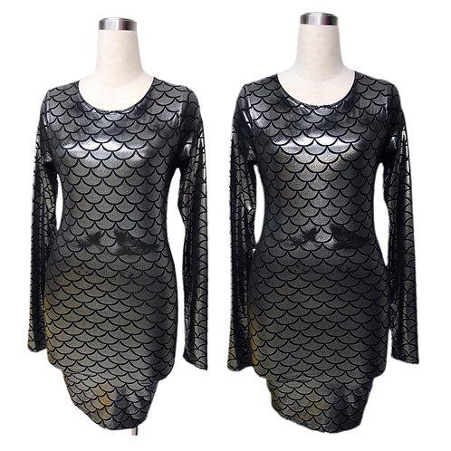 שמלת דמוי קשקש כסופה מטאלית