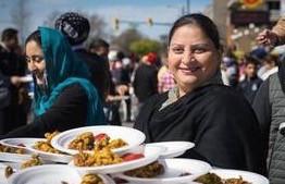 列治文印度光明节庆祝 - 主办: 文思移民与多元文化服务协会,列治文图书馆