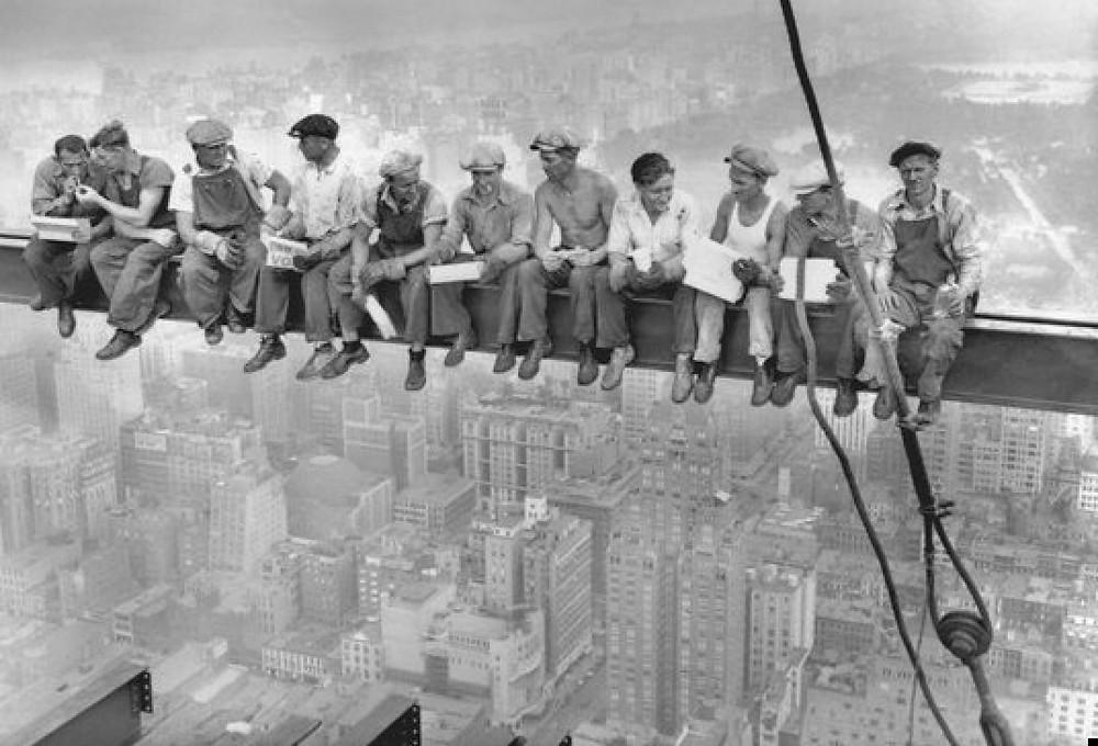 Almuerzo sobre un rascacielos- Archivo Corbis