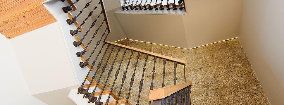 rehabilitacion escaleras edificio vigo