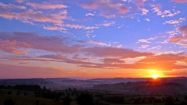 sunrise-sun-morgenrot-skies-163255.jpeg