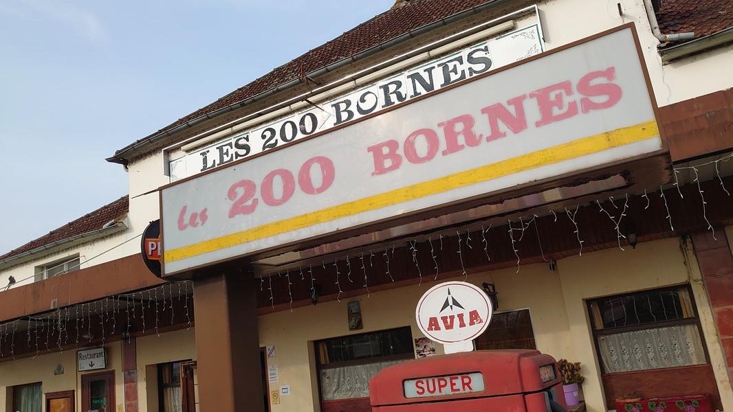 200 bornes ensigne.jpg