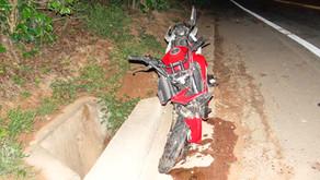 Motociclista tem perna amputada em acidente