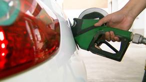 Petrobras anuncia redução de 1,23% no preço da gasolina nas refinarias