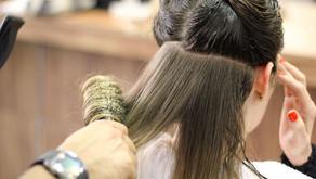 Salão de beleza deve indenizar cliente cujo cabelo foi danificado