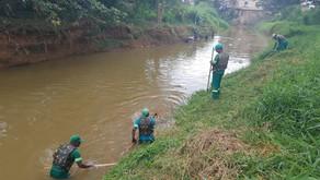 SINTRAM pede suspensão da limpeza do Rio Manhuaçu devido a falta de EPI para servidores