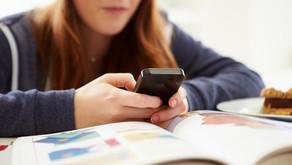 Escola  é condenada por criticar aluno em rede social