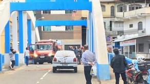 Bombeiros resgatam mulher que ameaçava pular de ponte em Manhuaçu