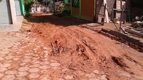 Bom Jesus de Realeza: Secretaria de Obras inicia o calçamento da rua Olavo Fochat