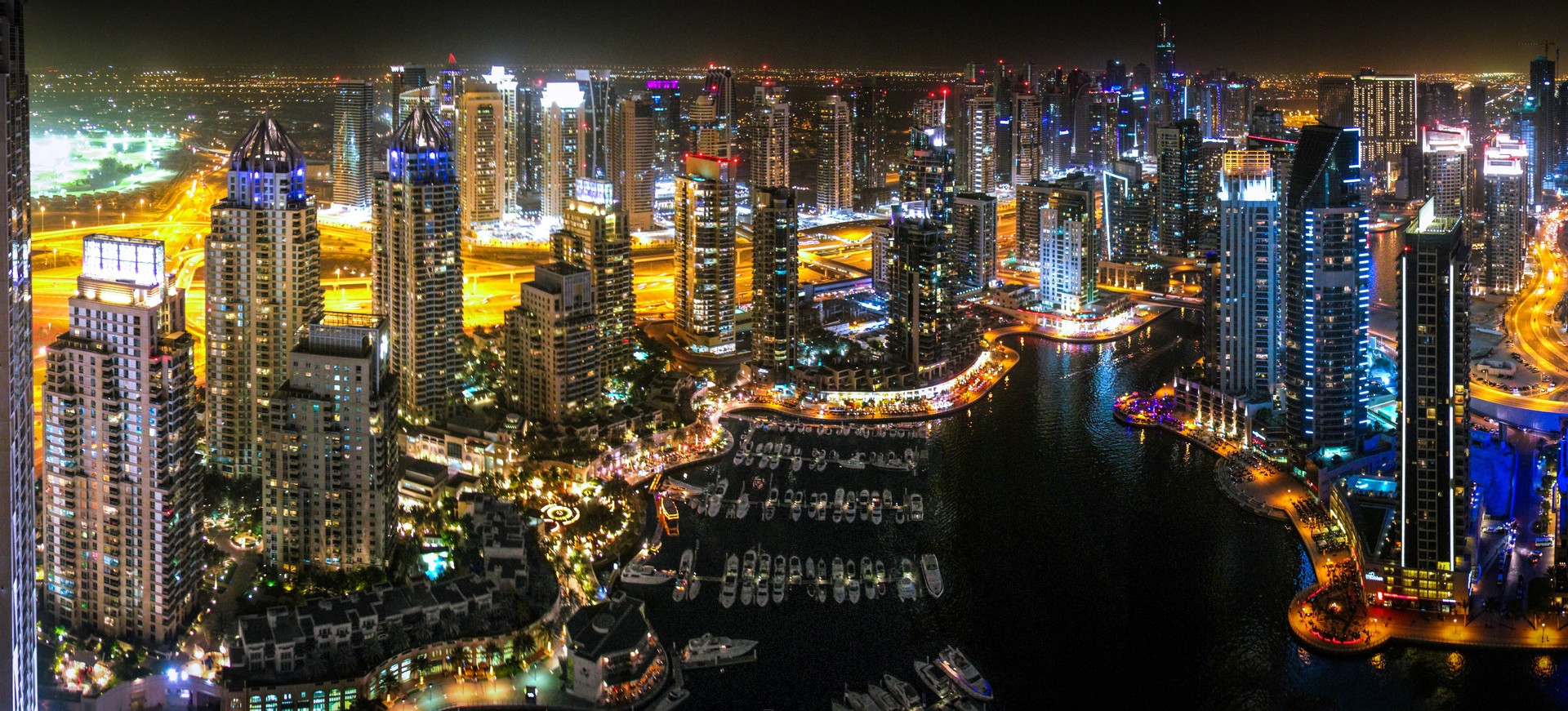 Dubai+Marina_Panorama_NIGHT_edit1.jpg