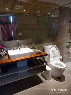 103  舒適的浴室