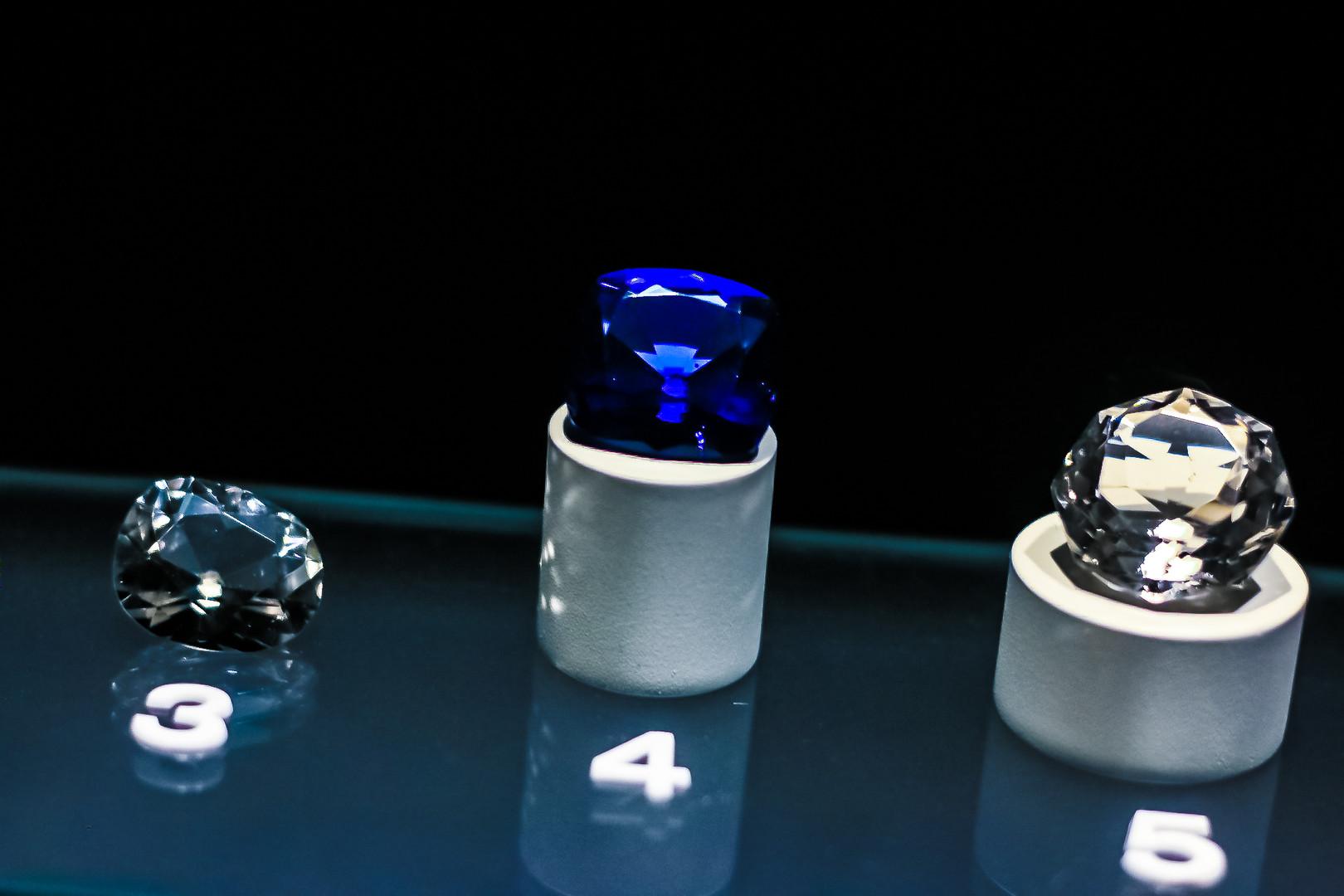 Diamond replicas
