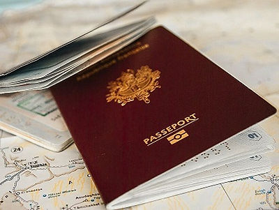 french-passport-booklet-3.jpg