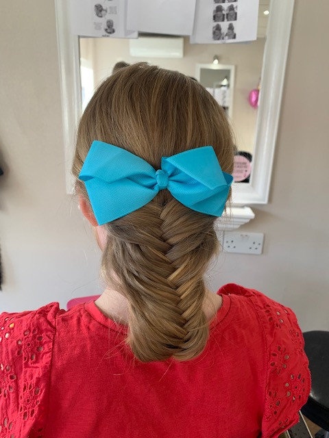 Fishtail plait, plait, bow, blue, updo, hair, colour, masterpiece, art, design, mirror, pretty