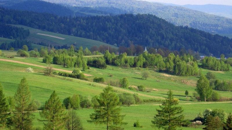 POLONIA, Senderismo en las Montañas Bieszczady,  los Cárpatos orientales