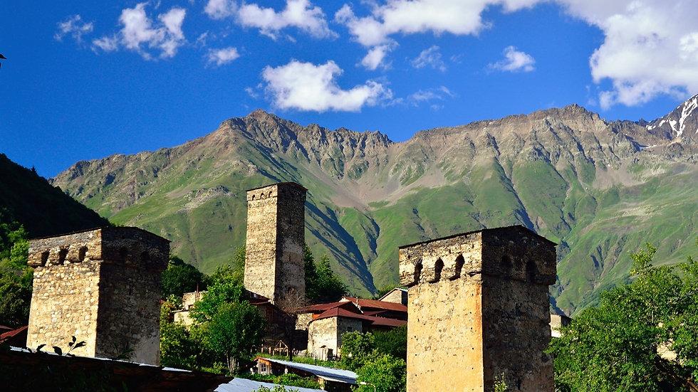GEORGIA, Trekking en Kazbegui y Mestia