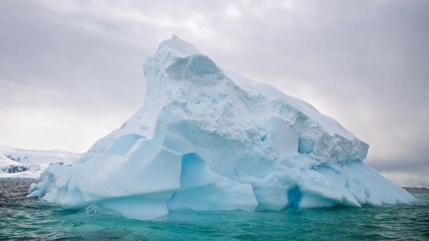 ANTÁRTIDA, Península Antártica con islas Shetland del Sur