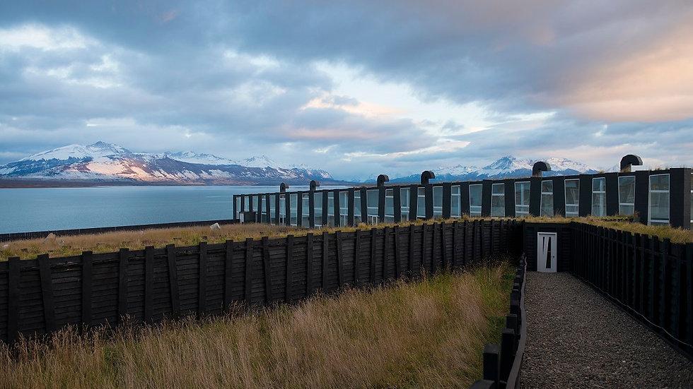 CHILE, Programa Adventure Torres del Paine, Hotel Remota