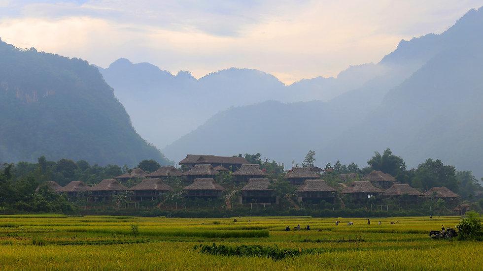 VIETNAM,  El Norte de Vietnam Experience
