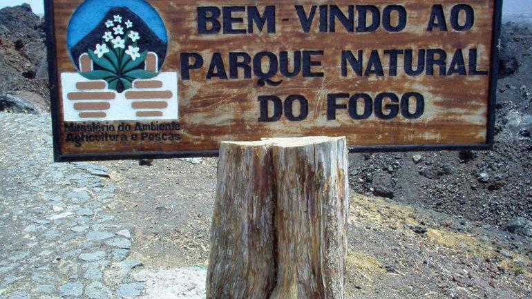 CABO VERDE,  Playas y volcanes