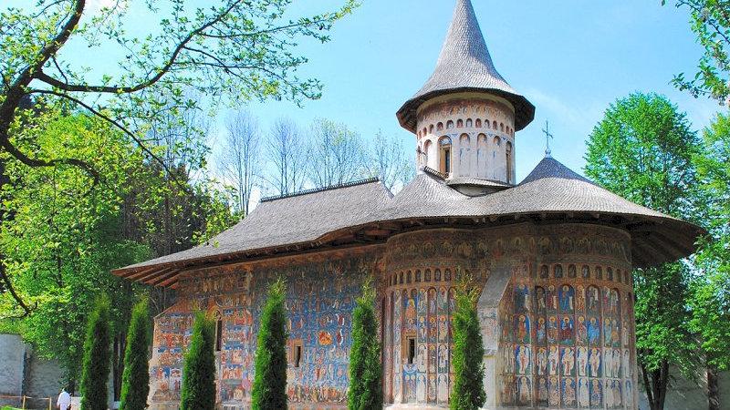 RUMANÍA, Transilvania y los monasterios de Moldavia