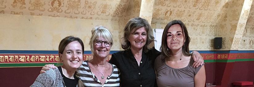 De gauche à droite : Héloïse Carn, Eline Snel (Fondatrice et Présidente AMT), Peggy Carlier (Directrice AMT France), Alicia Gyatso