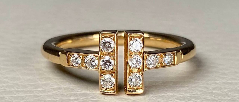 "Elegant ""T"" Ring"