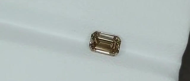 0.68cts Natural Diamond