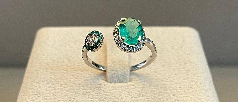 2.02g18K White Gold Emerald Ring
