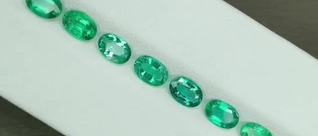 6.30cts Natural Emerald