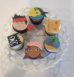 Jake cupcakes 1_17_15